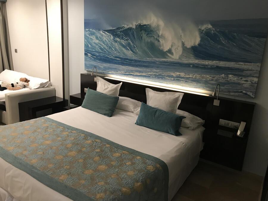 Hotel villa del mar benidorm for Piscina cubierta catarroja