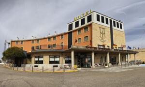 """Foto del exterior de """"Hotel Helmantico"""""""