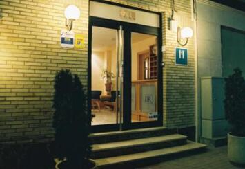 hotel dos rios huesca: