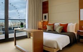 "Room – ""Park Plaza County Hall London"""