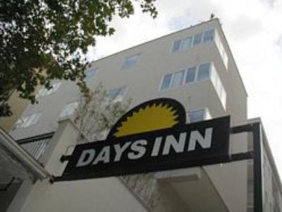 "Foto del exterior de ""Days Inn South Beach"""