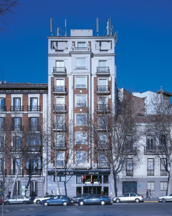 Image gallery hotel atocha madrid for Hotels madrid