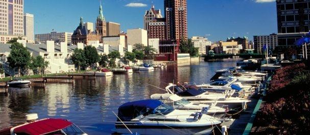 Fotografía de Wisconsin: Marina en Milwaukee