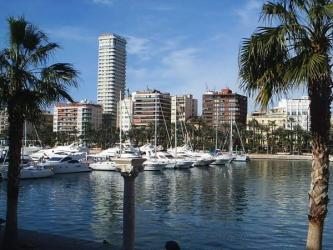 Vista sobre el puerto y la ciudad de Alicante