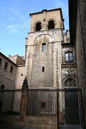 hoteles en lugones asturias: