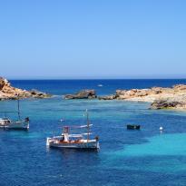 Barcos de pescadores en Ibiza