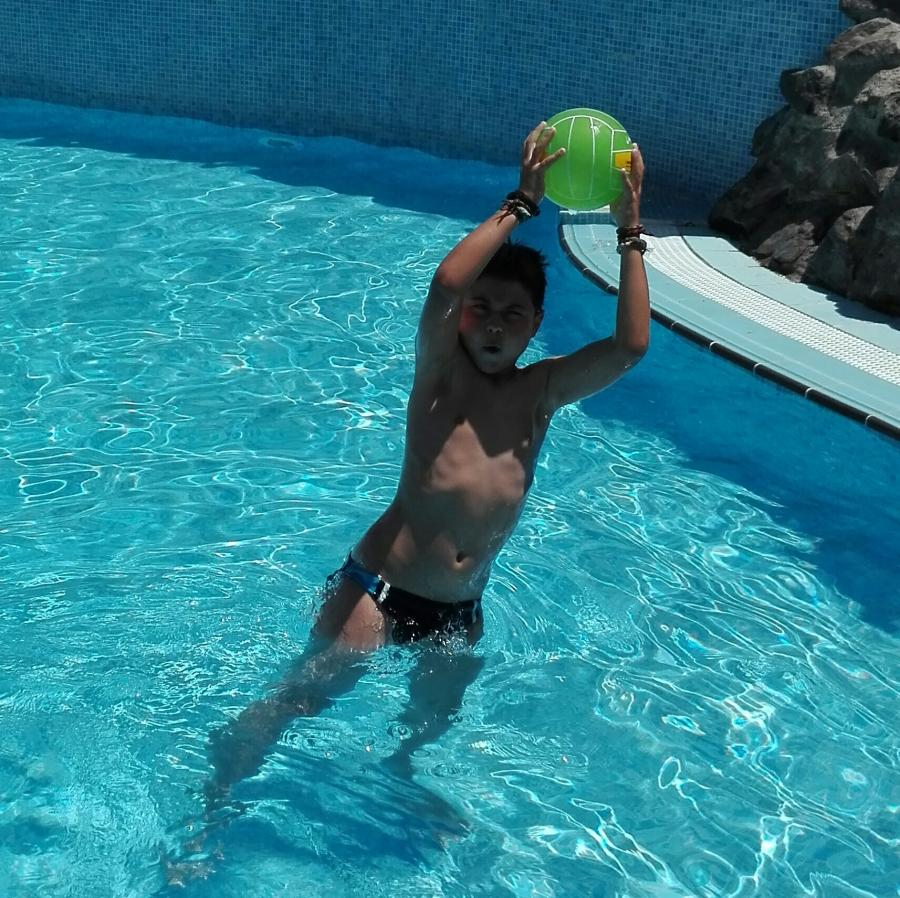 Perfecto adulto flaco cerca de Santa Cruz de Tenerife