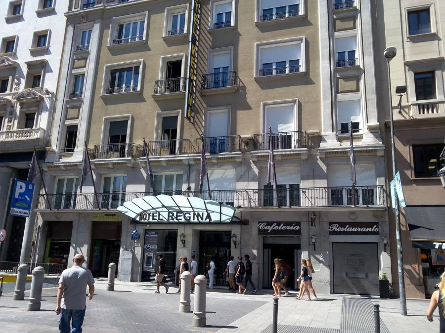 Comentarios hotel regina madrid for Hotel regina madrid opiniones