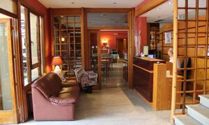 """Foto de las zonas nobles de """"Hotel Rovira"""""""