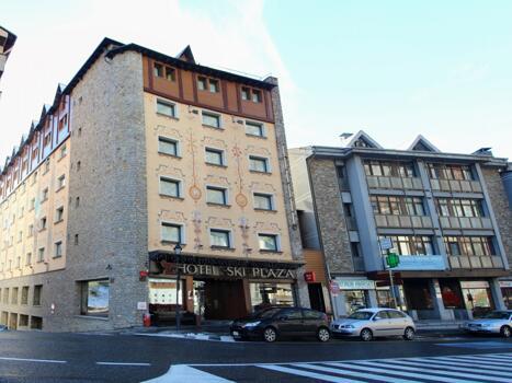 Foto degli esterni Hotel Ski Plaza