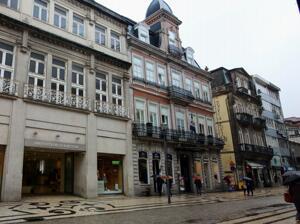 "Foto del exterior de ""Grande Hotel do Porto"""
