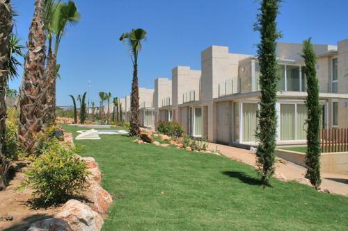 Foto del exterior de Apartamentos L'Escala Resort