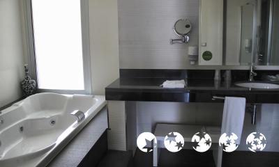 Foto del baño de Hotel Agora Spa and Resort