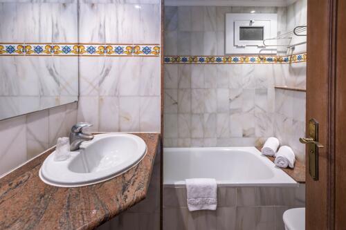 Foto del baño de 4R Gran Hotel Europe