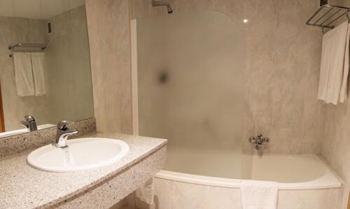 Bathroom – Tabaiba Princess