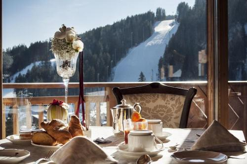Restaurant - Cristal Palace Hotel