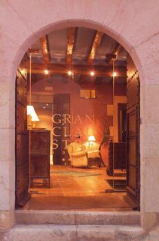 Außenansicht - Hotel Gran Claustre