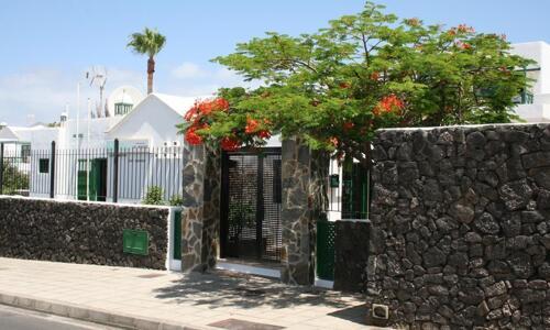 Foto del exterior de Apartamentos Las Acacias