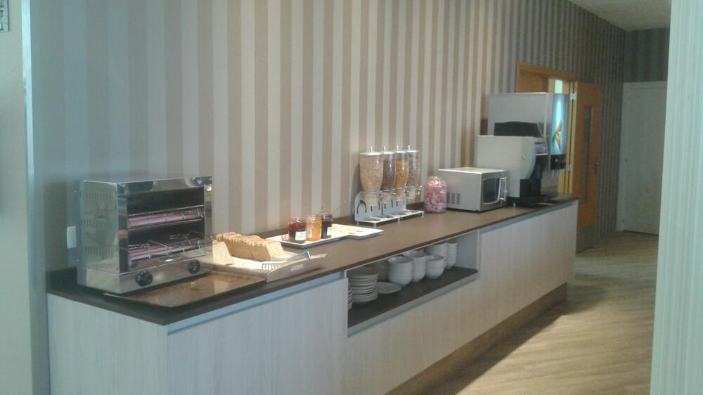 B B Hotel Valencia Ciudad De Las Ciencias Valencia Desde 38 1 Centraldereservas Com