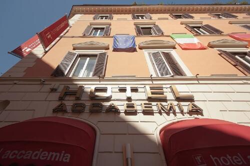 Außenansicht - Hotel Accademia