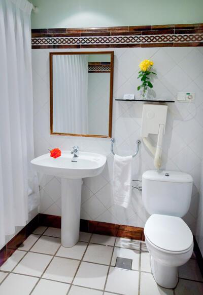 Foto del baño de Hotel Doña Juana