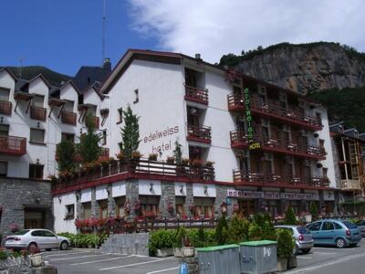 Foto del exterior de Hotel Edelweiss