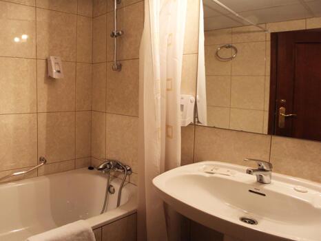 Foto del baño de Hotel Llibrada