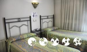 """Foto de una habitación de """"Hostal Hospedaje Magallanes"""""""
