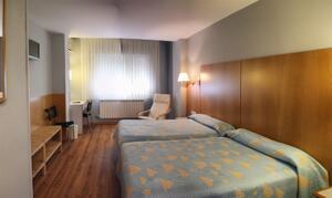 """Foto de una habitación de """"Hotel Residencia Isasa"""""""