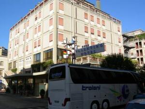 "Photo – ""Hotel Valentino"""