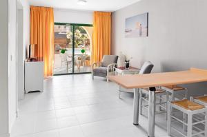 """Foto de una habitación de """"Elba Lucía Sport & Suite Hotel"""""""