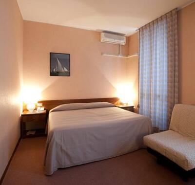 Foto generica Hotel Des Artistes