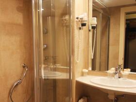 """Foto del baño de """"Hotel Golden Port Salou & Spa"""""""
