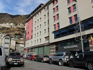 """Foto del exterior de """"Hotel Espel"""""""