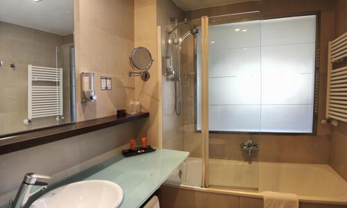 Foto del baño de Hotel Mercader