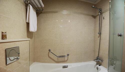 Foto del bagno Hotel AR Diamante Beach