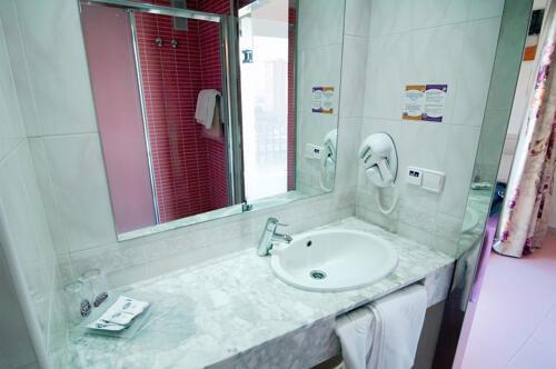 Foto del baño de Hotel Servigroup Venus