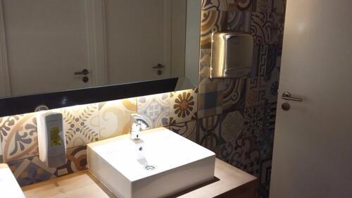 Foto del baño de Hotel Brisamar Suites