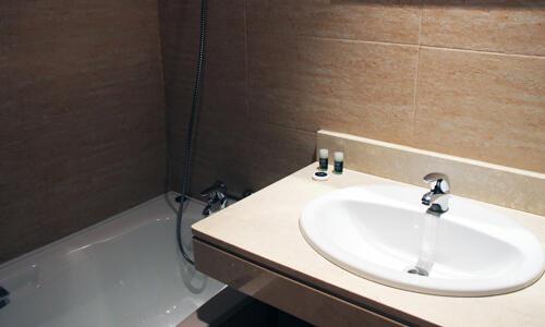Foto del baño de Aparthotel Exe Campus San Mames
