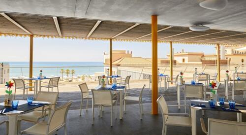 Foto de restauración de Hotel Le Meridien Ra Beach & Spa
