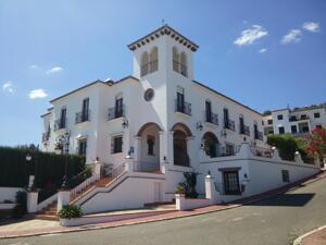 """Exterior – """"Hotel Vega De Cazalla"""""""