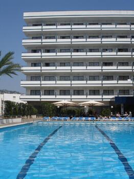 Foto del exterior de Hotel Gran Garbi