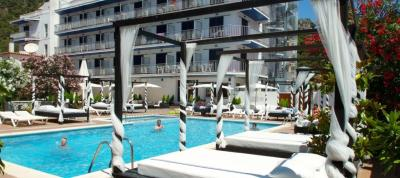 Außenansicht - Hotel Nereida