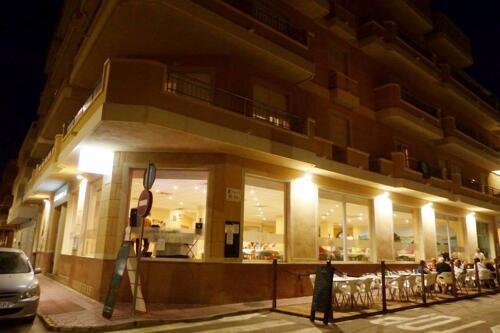 Foto del exterior de Sunbeach by Kenkohotels