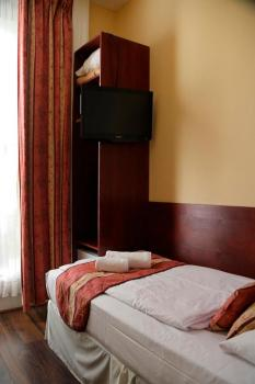 Room – Shakespeare Hotel