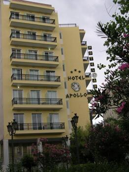 Foto del exterior de Hotel Apollo
