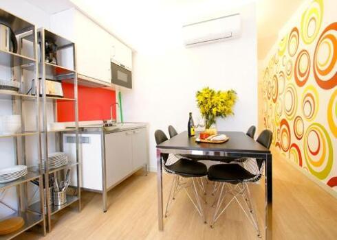 Foto di una camera da Borne Pop Art Lofts