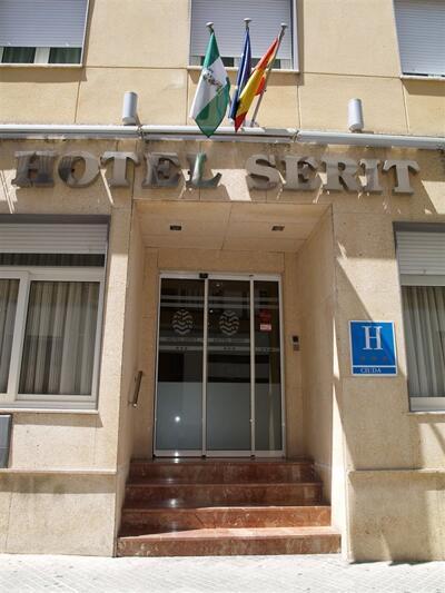 Foto del exterior de Hotel Serit