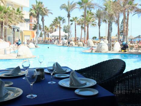 Foto de restauración de Mediterraneo Bay hotel & resort