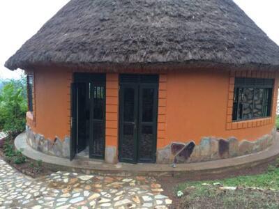 Photo – Nyore Hillside Retreat